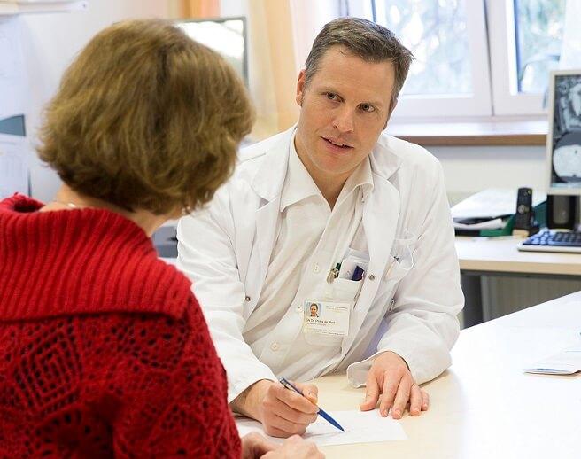 Dr. De Mare
