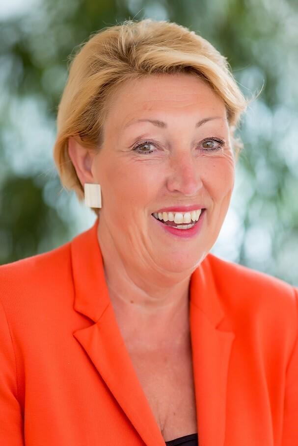 Helga Thunher